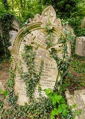 23-Highgate Cemetery East - unsteady tombstone-1052 (md2399photos) Tags: 11aug16 dickwhittingtonscat highgatecemetery karlmarx london notesonblindness stpancras themeetingplacebypaulday