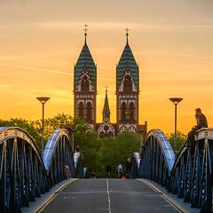 Herz-Jesu-Kirch (Philippe Dehennin) Tags: bridge sunset type pont temps allemagne eglise coucherdesoleil badenwürttemberg freiburgimbreisgau ouvrage religieu herzjesukirch