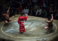 Sumo wrestlers before the fight in the ryogoku kokugikan sumo arena, Kanto region, Tokyo, Japan (Eric Lafforgue) Tags: people male men sport japan horizontal asian japanese tokyo big fight referee asia fighter martial wrestling fat traditional champion culture competition clash ring indoors tournament ritual leisure sumo inside strength athlete wrestlers adultsonly cultural overweight ryogoku 3people competitors kantoregion threepeople colourpicture 2029years japan162007