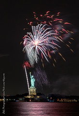 Statue Of Liberty Fireworks July 16 2016-29 (bkrieger02) Tags: nyc newyorkcity longexposure nightphotography brooklyn canon fireworks hudsonriver statueofliberty pyro redhook libertyisland pyrotechnics libertyharbor canonusa 7dmkii louisvalentinopier