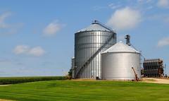 Farm on IL 78 south of Warren Illinois (Cragin Spring) Tags: farm silo landscape illinois il northernillinois midwest rural unitedstates usa unitedstatesofamerica