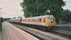 960 021 Aylesbury 2004(?) (captaindeltic55) Tags: 121021 55021 977723 adb977723 sanditeunit bubblecar class121 class960 dmu aylesburyrailwaystation networkrail railtrack dieseltrain chilternrailways