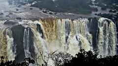 larga 05 (Parchen) Tags: cataratasdoiguau cataratasdeliguaz fozdoiguau cataratas cachoeiras quedasdgua paran brasil gua fora vida beleza bela foto fotografia imagem registro parchen carlosparchen