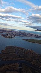 2016-04-08_18-16-38_DSC-HX90V_3990_DxO (miguel.discart) Tags: 2016 24mm avion createdbydxo divers dschx90v dxo editedphoto focallength24mm focallengthin35mmformat24mm iso80 landscape meteo newyork paysage plane sony sonydschx90v travel unitedstate us vacances weather