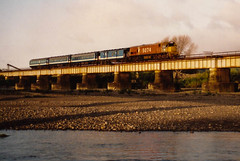 Otaki - Otaki river bridge (andrewsurgenor) Tags: locomotive engine transport diesel nz newzealand train railway railroad narrowgauge rail nzr railfan