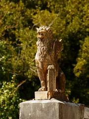 Lion de Saint Marc (bowb59) Tags: saint statue de lion marc beat garonne eglise haute ailé