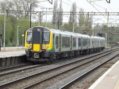 350374 at northampton (47604) Tags: northampton siemens emu desiro class350 londonmidland 350374