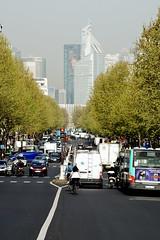 Printemps des Ternes (\Nicolas/) Tags: paris fleurs tour first arbres avenue printemps matin dfense puteaux courbevoie ternes paris17