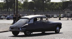 Citroën DS 19 1959 (XBXG) Tags: auto old paris france classic car vintage french automobile ds citroën voiture frankrijk 19 ancienne tiburón snoek citroënds déesse française strijkijzer 60ansdelads av510xp