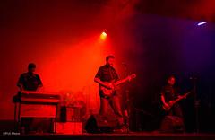 LOS PROTONES (paulmayca) Tags: light music art luz peru drums concert arte lima guitar performingarts per musica redlight vocals conciertos iluminacion independentart artesescnicas protones losprotones musicaindependiente arteindependiente