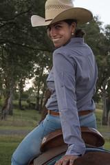The rider II (wesp2011) Tags: woman smile hat fun mujer sonrisa sombrero diversin horserider jinte