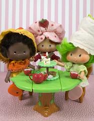 Tea with friends (CptSpeedy) Tags: strawberryshortcake orangemarmalade limechiffon kenner doll original vintage sweet girls toy fruit rement teatime strawberry sweets cookies cake americangreetings