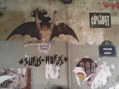 1[] Sufus-Hufus =-1 (gadjodistrada) Tags: cost sufushufus france graffity passage dubail