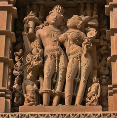 INDIA - Khajuraho Group of Monuments is a group of about 20  Hindu and Jain temples, reliefs and sculptures,  14225/7088 (roba66) Tags: indien indiennord asien asia india inde northernindia urlaub reisen travel explore voyages visit tourism roba66 city capital stadt cityscape building architektur architecture arquitetura monument bau fassade faade platz places historie history historic historical geschichte tradition culture kultur kulturdenkmal skulptur sculpture reliefs relief antik antic rustic ruine ruins ausgrabungen archologie archaelogy madhya pradesh khajuraho tempel tempelanlage temple hinduism jainism indienkhajurahotempel