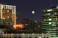 Seattle Moonrise (alexDPhotography - Alex Diaconou) Tags: seattle moon moonrise skyline washington state pacific northwest