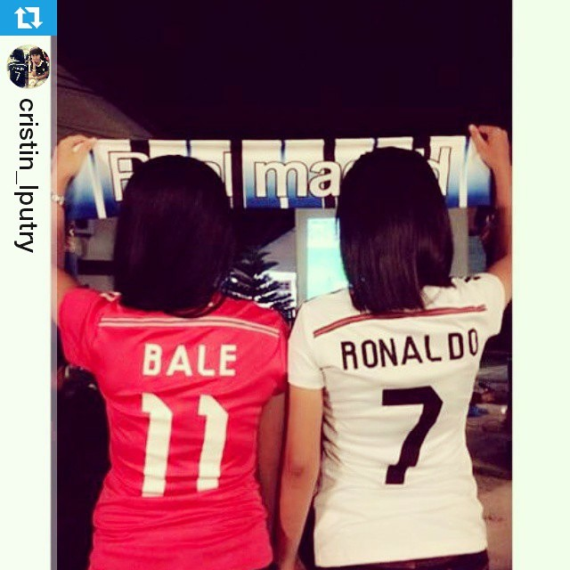 Lokasi Nobar: #Regram @cristin_lputry @cristiano @garethbale11 cc @nobarladies ・・・ Edisi nobar 😊💪👏smbil nunggu kick off Real Madrid vs Sevilla COME ON YOU BLACK DRAGONS..@realmadrid EN ESPANA REAL EN EUROPA REAL EN EL MUNDO REAL PARA SIE