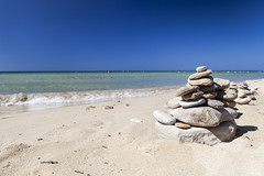 Watching the sea (Adrianosan Photo) Tags: sea sky italy beach canon stones whitesand puglia 2016 2470 adrianosanphoto adrianoficarelli