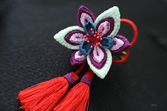 ... (Alkato) Tags: handmade kanzashi hairaccessory chirimen