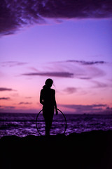 Taking in the Sunset (a4gpa) Tags: sunset love hoop hawaii maui ericwardphotography wearetiedtotheoceanandwhenwegobacktothesea whetheritistosailortowatchwearegoingbackfromwhencewecamejohnfkennedyericwardphotographymauihooplovesunsetwithlindsayrenzinmaui