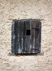 CRW_2580_antonan (laura sayalero) Tags: españa window ventana spain balcony balkon catalonia finestra janela catalunya balcon espagne balcón cataluña balcone balkong varanda fönster balcó окно ウィンドウ балкон バルコニー παράθυρο μπαλκόνι fenetrê laurasayalero