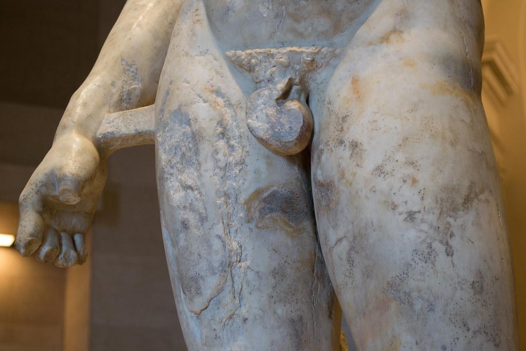 The doryphoros Essay