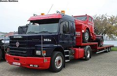 Scania rig (The Rubberbandman) Tags: auto white green classic truck germany big tank sweden outdoor cab transport over engine super swedish semi m german rig vehicle freight coe tanker scania fahrzeug haul wilhelmshaven 143 laster sidepipes 143m