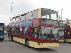 East Yorkshire 674 YY52LCO Hull Interchange (1280x960) (dearingbuspix) Tags: eastyorkshire eyms 674 yy52lco