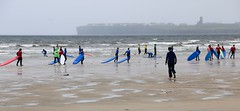 Blue Surfers (David Abresparr) Tags: surf surfing surfboard lahinch ireland strand