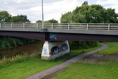 Gloucester Eyes (Jainbow) Tags: gloucester city holiday jainbow bridge eyes street art