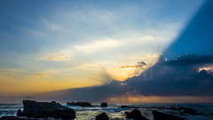 Diagonal (erikjnainggolan) Tags: seascape sonyrx100 sunset beach coast wave clouds cloud waves landacape indonesia bali