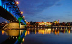 Riverfront (TanzPanorama) Tags: night bluehour city cityscape waterfront skyline bridge sonya7ii sony ilce7m2 fe1635mmf4zaoss variotessartfe1635mmf4zaoss tanzpanorama flickr travel tourism building poland warsaw warszawa polska royalcastle zamekkrlewski water landscape reflection oldtown staremiasto riverfront river architecture light