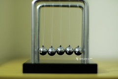 Cradle Front (WahidHakim) Tags: newtonscradle cradle newtons stilllife macro steelball steel toy desktoptoy nicetoy