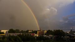 Himmelsspalter (Leif Hinrichsen) Tags: sommer summer july juli regenbogen berlin westhafen putlitzbrcke moabit wetter himmel wolken sky clouds rainbow regen unwetter rain quitzowstrase