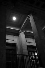 Taller de Fotografa Prctica 2. Clase 3 - Fotos nocturnas urbanas en b&n ( fOto) Tags: urban bw byn uruguay noche pentax bn note noite montevideo nocturnas nigth k5 urbanas euf tfp pentaxricoh eufv tfp2 claudiocigliutti