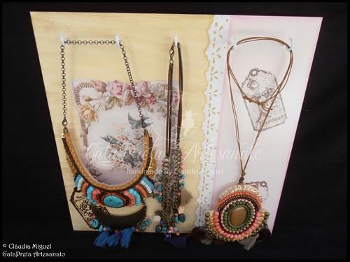 """Quadro para colares e caixa bijuteria """"My Vintage Jewelery"""""""