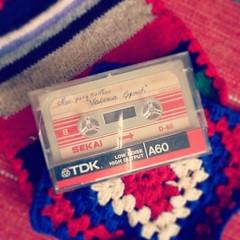 (maggie.bekes) Tags: cassette tdk ochentoso agarradera valerialynch