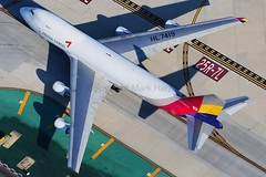 HL7419 (Mark Harris photography) Tags: spotting aircraft plane boeing 747 freighter cargo canon 5d