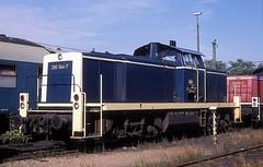290 044  Gremberg  14.08.93 (w. + h. brutzer) Tags: gremberg eisenbahn eisenbahnen train trains deutschland germany railway diesellok dieselloks lokomotive locomotive zug 290 v90 db webru analog nikon 294 296
