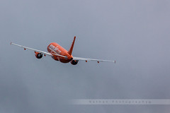 LIL - Airbus A320-214 (G-EZUI) EasyJet (Aro'Passion) Tags: canon photography airport photos airbus lil lille takeoff easyjet livery dcollage aroport lfqq 200th ezy lesquin natw 60d a320214 aropassion monteinitiale gezui variopositif