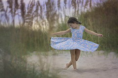 OBX (nsioss) Tags: oneperson beach obx outside sand beachy dance dancing 6yearold cute girl girly naturallight sunset dress twirl caucasian caucasianethnicity