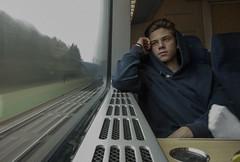 Jacob ker tg (gfunck.) Tags: travel portrait motion blur travelling speed train deep motionblur till med stad mitt nsta pvg ekipage