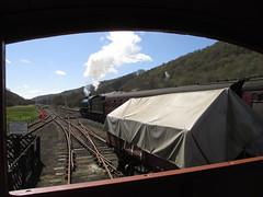 62005 departs south from brake van 26Apr15