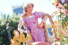 Mickey's Soundsational Parade (jodykatin) Tags: disneyland rapunzel soundsational mickeyssoundsationalparade