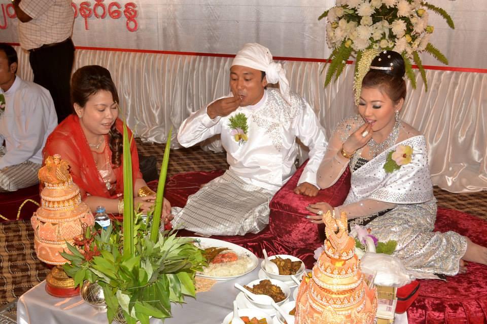 Traditional Arakanese Wedding Ceremony Blessing Flowers Tags Burma Myanmar Rakhine Arakan Sittwe Rakhinestate