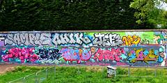 SAMPLE CHIK JEF3 DEKAE SPAT THEME CREPT OWED (Kalimbah!) Tags: west london boys lost paint spray nhs sample theme lb trellicktower tgs trellick chik owed crept spat cbm dekae trellicktowergraffiti jef3 kalimbah