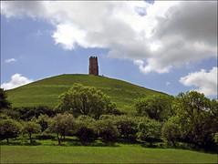 Glastonbury Tor (jo92photos) Tags: abbey glastonbury somerset tor nationaltrust abbot glastonburytor dissolution somersetlevels stmichaelstower isleofavalon richardwhiting richardwhitingabbot