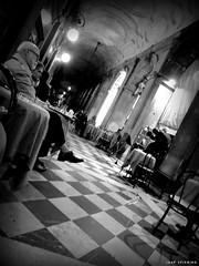 Midnight. The violin player. (jaap spiering   photographer) Tags: jaapspiering jaapspieringphotographer jaapspieringfotografie blackandwhite monochrome zwartwit bw noiretblanc streetphotography street people mens mensen violinist violinplayer venice venetie venezia piazzasanmarco midnight