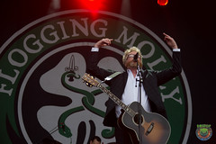 Flogging Molly-2