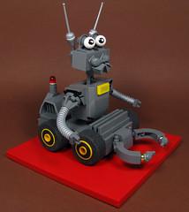Unit XFNPU9JK Service Droid (Karf Oohlu) Tags: lego moc mecha droid bot robot service servicebot droidservice foitsop