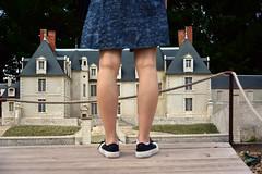 DSC_9783 (eric.riflet) Tags: rasdusol sol chaussure jambes chateau castle miniature geant touraine indreetloire loirevalley valledelaloire france legs